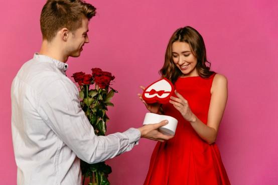 Bloemen met een extra cadeautje bestellen zoals chocola